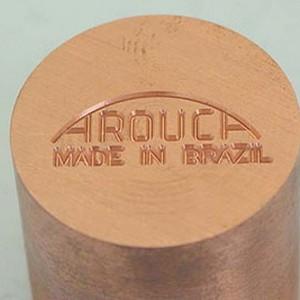 Gravação industrial manualmente no martelo